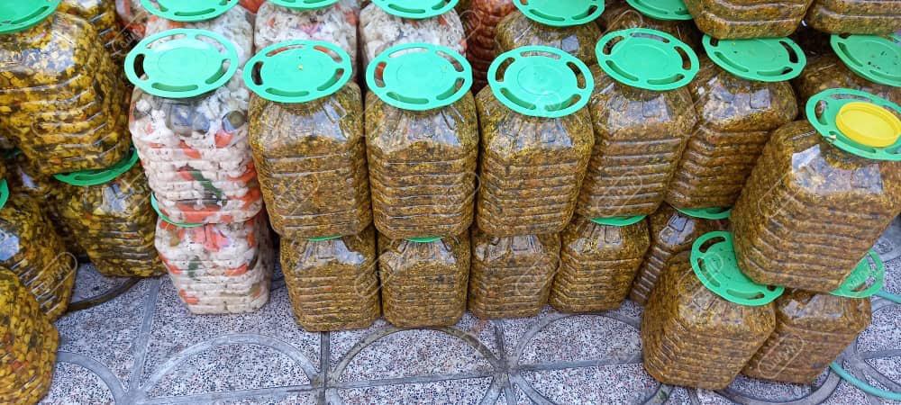 خرید ترشیجات در اصفهان
